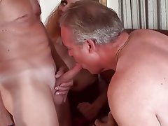 Mature bi threesomes