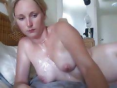 Paris tits and bush pics