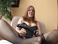 Booty busty black free porn