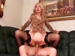 Reife blonde Milf Blowjob