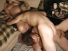 Ametuer bisexual threesome sex
