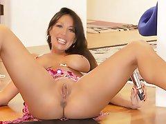 Lauren graham nude pussy